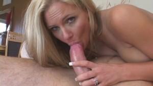 Full-Figured Wifey Enjoys New Cum