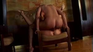 Mature close-up anal