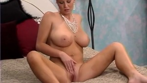 Diamonds (A Dildo) Are A Girl s Best Friend - Fya Independent