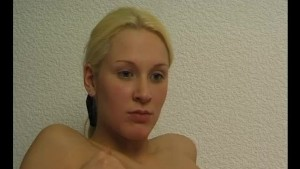 Solo blonde fingering herself - Julia Reaves