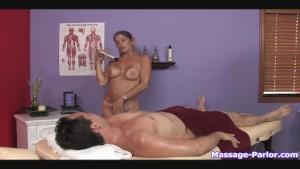 A regular massage turned into a hot handjob