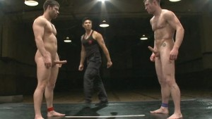 Muscle guys in real action sex wrestling!