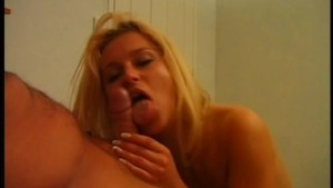 Deepthroat for the sexy blonde - Pink O