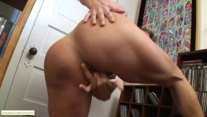 Big Titted Cougar Tara Holiday Grinds Sybian