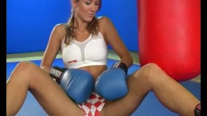 Sporty chick solo pussy play - Pleasure Photorama