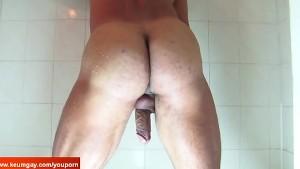 Latino soccer get filmed his huge cock under water...