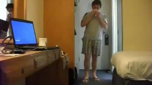 Sneezing Ian s Sneezing and Flip Flops Fetish Video (16)