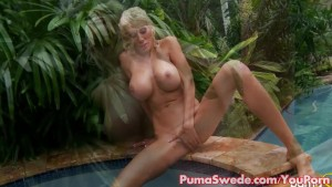 European Milf Puma Swede Fingers Her Pussy in The Jacuzzi!