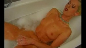 Milf Get s Fucked In The Bathroom- Julia Reaves