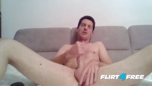 Self Suck Dammy Cox Gets Off in His Own Mouth