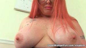 UK milf Summer Angel Lee and her naughty masturbation games